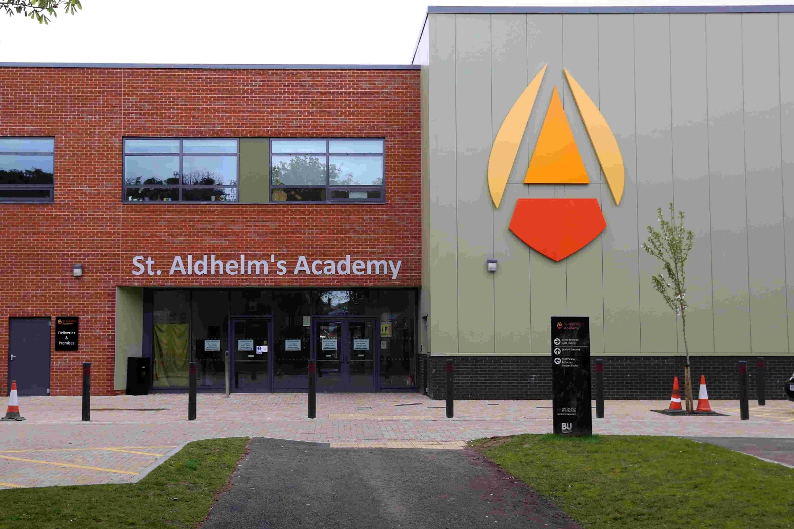 'Dozens of staff' could be made redundant at troubled Poole academy