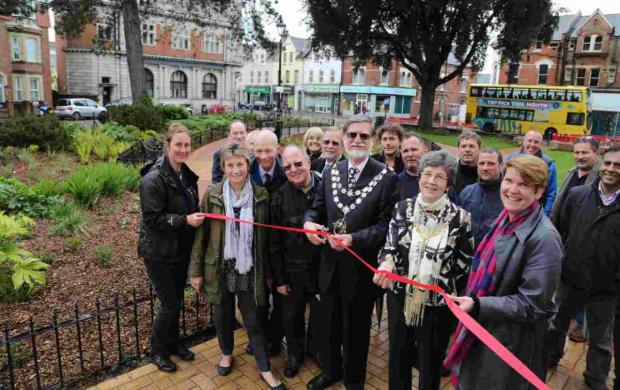 New-look Boscombe crescent unveiled after £125k makeover