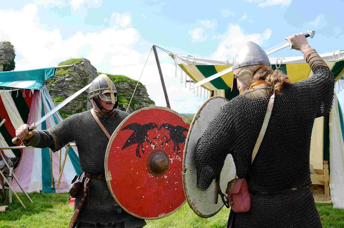 IN BATTLE: Saxons and Vikings at Corfe Castle