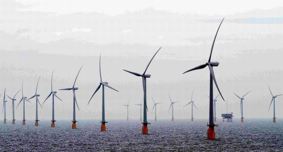 The developer behind the Navitus Bay wind farm has defended offered payments to marine firms