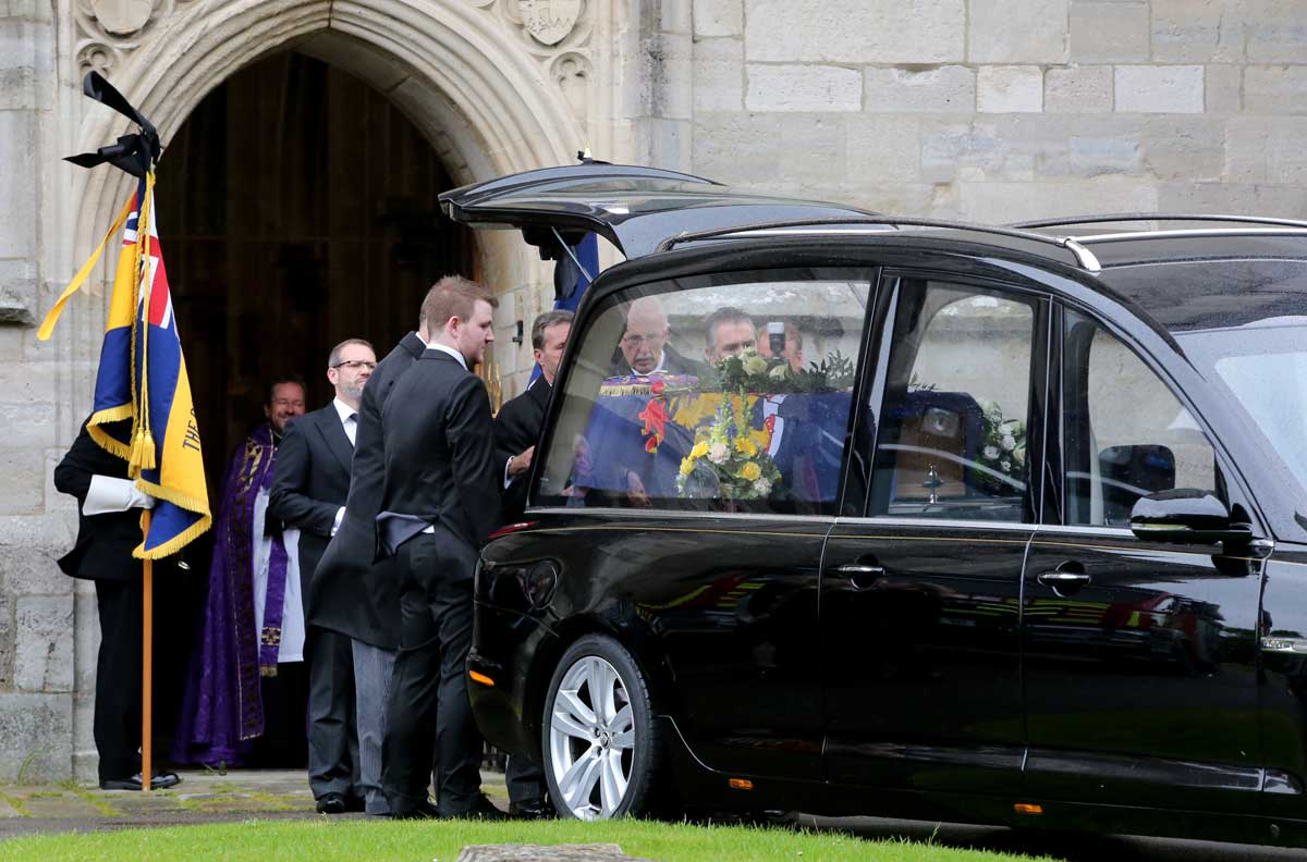 Hundreds pay their respects at funeral of former Christchurch councillor David Fox