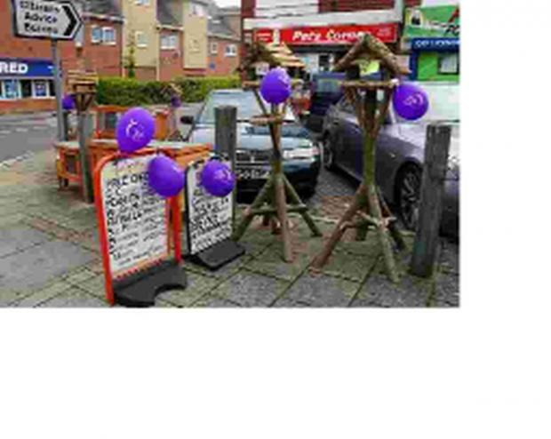 DEEP PURPLE: Traders in Ferndown show their support for the Relay for Life