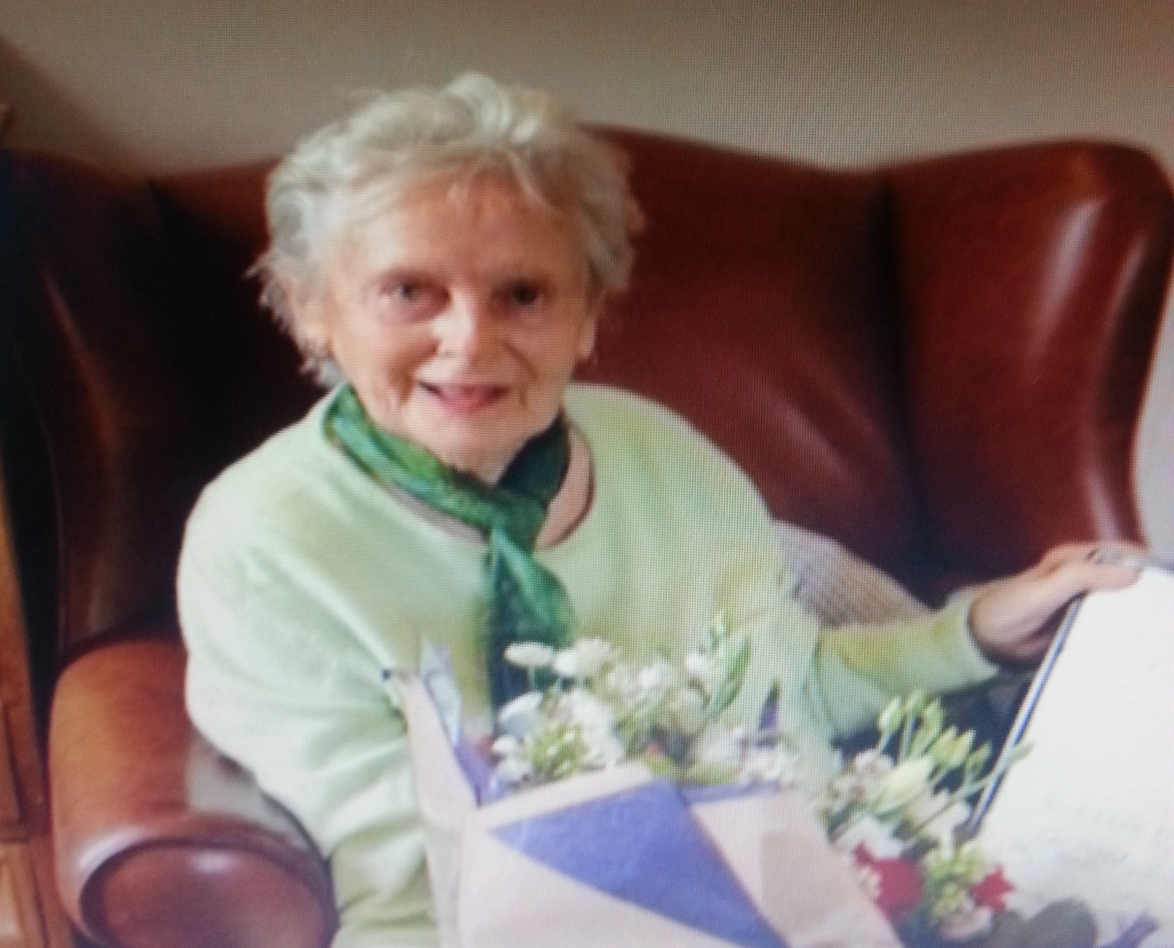 Police search for 91-year-old missing woman from Poole