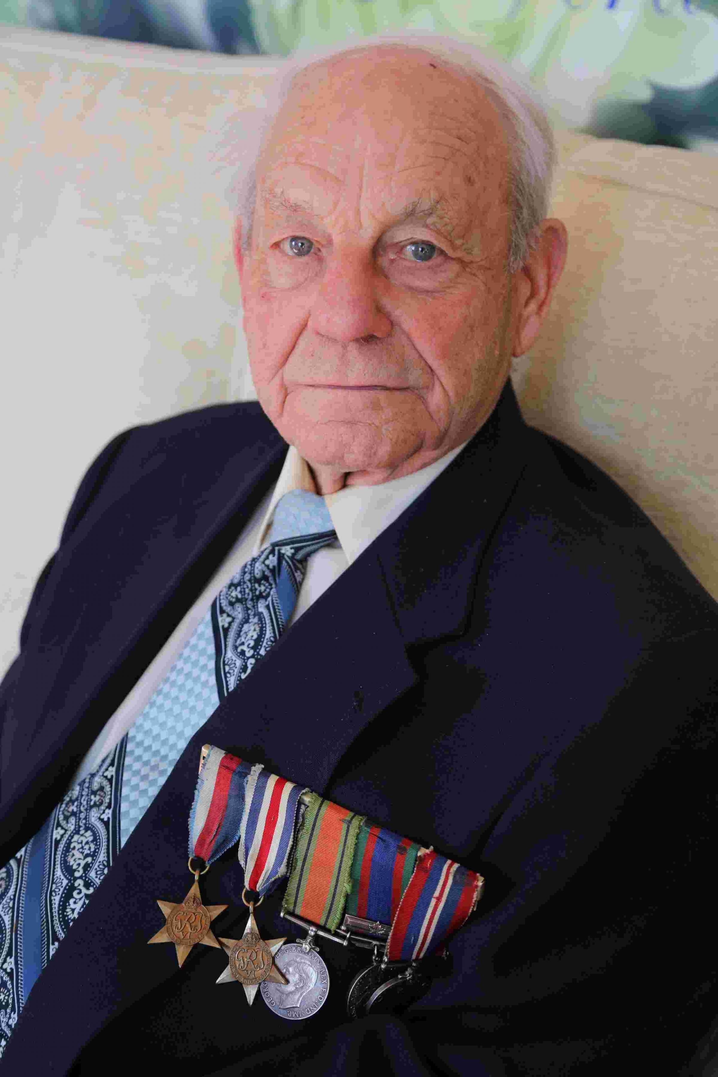 VIDEO: Amazing exploits of D-Day veteran Bob Roberts, the second man to set foot on Juno beach