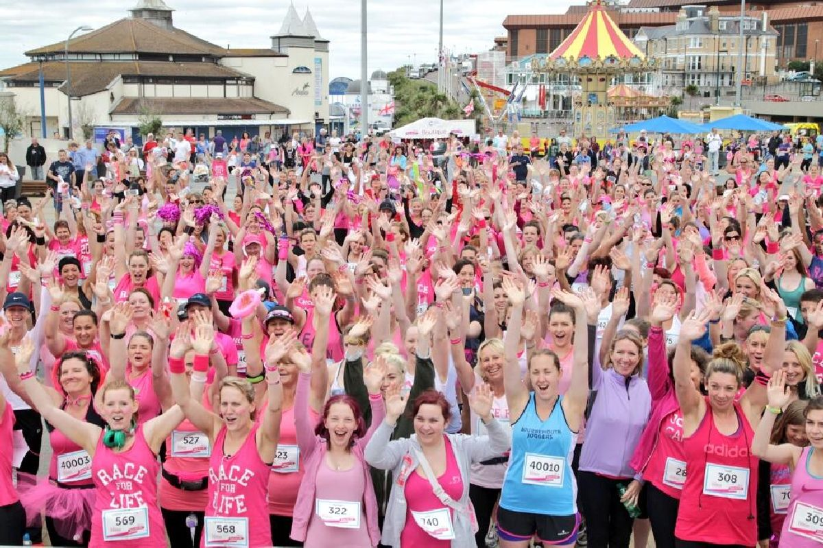 UPDATE WITH FULL VIDEO: Runners in the pink today for Bournemouth's Race For Life