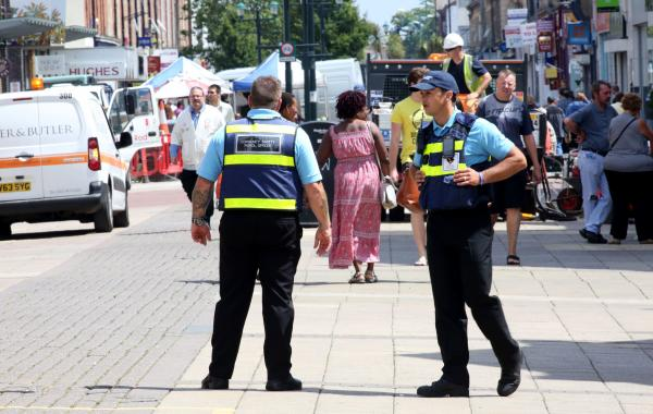 VIDEO: Private security guards given police powers to tackle antisocial behavior in Boscombe