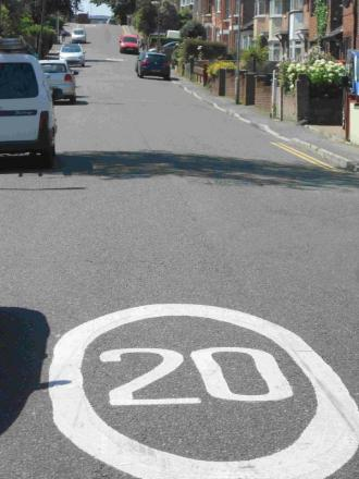 Roundels used to warn drivers of the 20mph zone