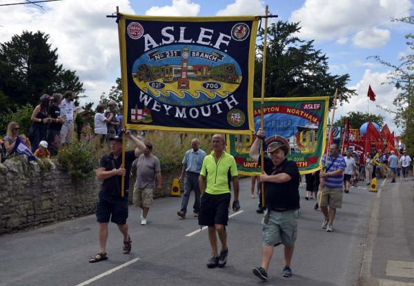UPDATE WITH PICTURES AND VIDEO: Martyrs remembered with rally and performances at Tolpuddle