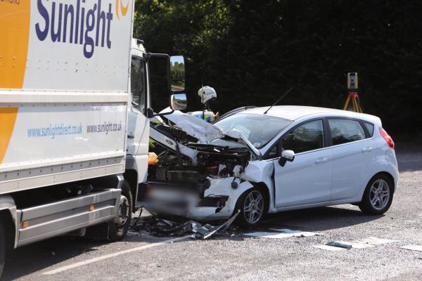 UPDATE: A350 reopen after serious head-on crash between van and car