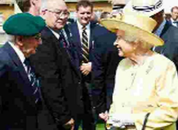 'WONDERFUL DAY': Bob Barnett meets the Queen