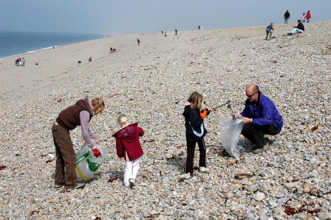 27 beaches, one mission: hundreds needed to take part in the Great Dorset Beach Clean