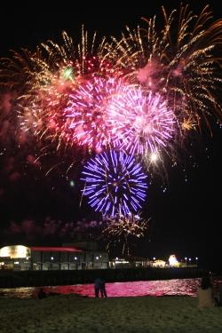 Bournemouth Echo: BIG BANG: Friday night fireworks lighting up the sky above Bournemouth Pier last year