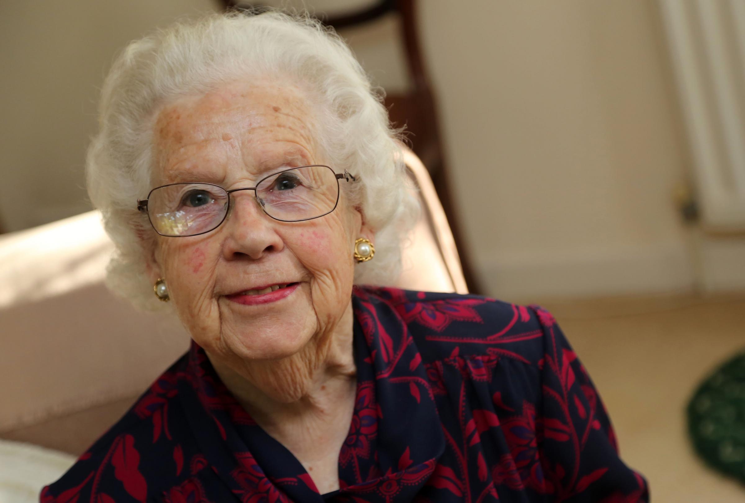 picture Margaret Barton