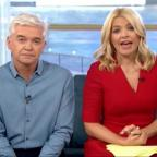 Bournemouth Echo: Holly Willoughby apologises after Joey Essex swears on This Morning