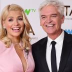 Bournemouth Echo: Holly Willoughby teases Phillip Schofield over his 'horrible' holiday in Dubai