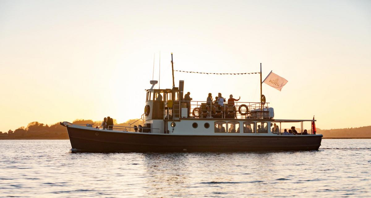 The UKs First Ever Artisan Gin Cruise Has Just Taken Place In Dorset And Heres What It Was Like