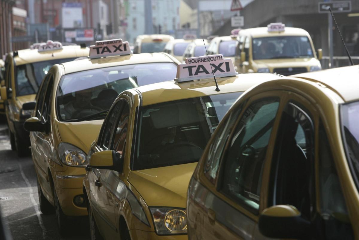 Stop the fake taxis: warning as hundreds sign-up to illegal cab services on  Facebook