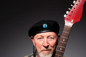 REVIEW: Richard Thompson, Lighthouse, Poole