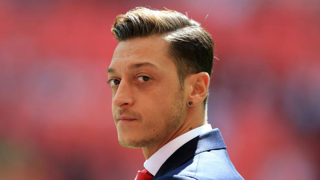 Mesut Ozils Agent Reveals Positive Contract Talks With Arsenal