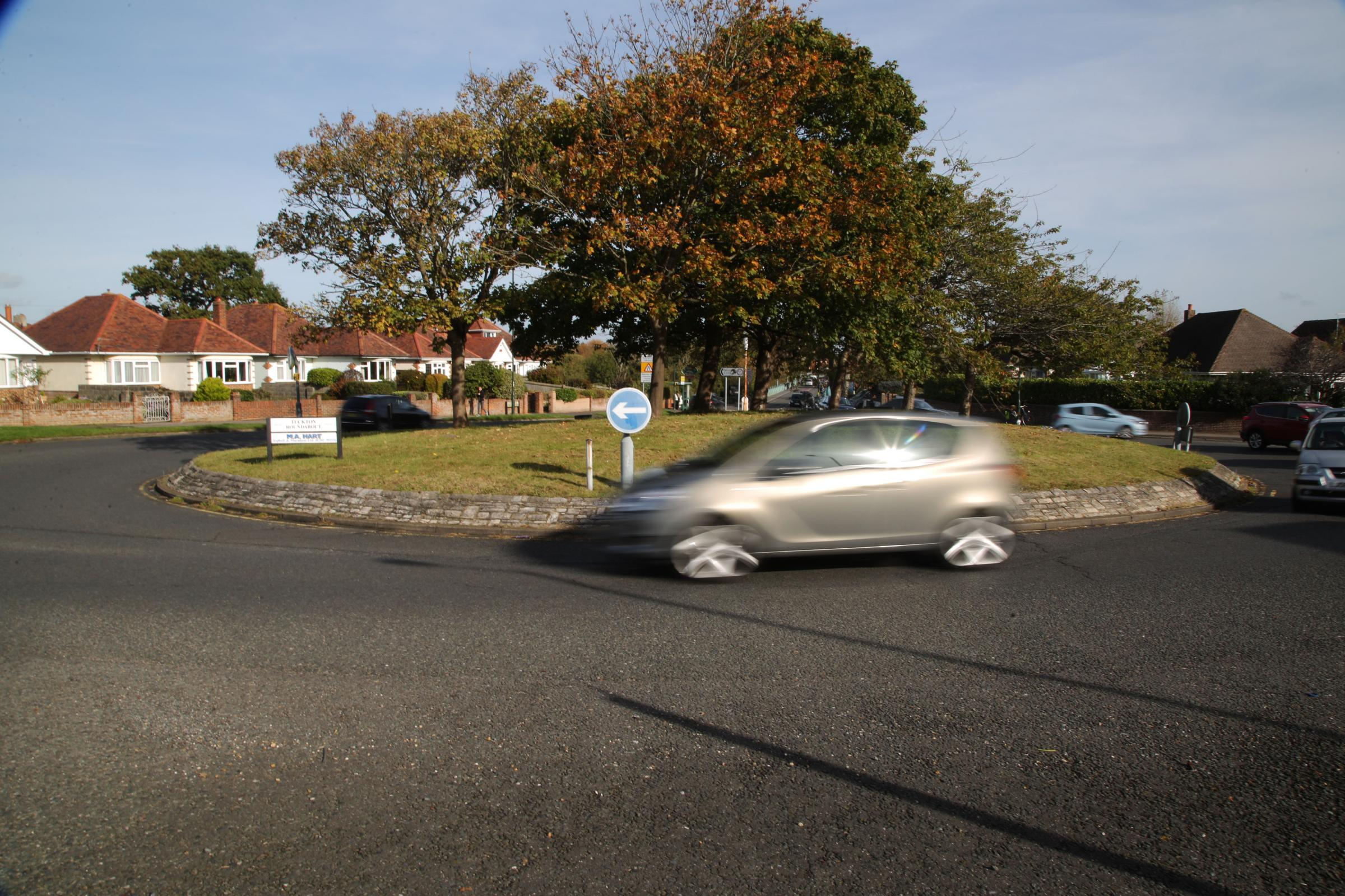 Tuckton Roundabout in Southbourne
