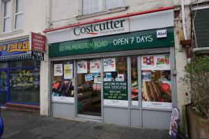 Man threatened shop worker with a knife after phone top up was refused