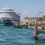 Bournemouth Echo: Princess Cruises Caribbean Princess in Cobh Ireland