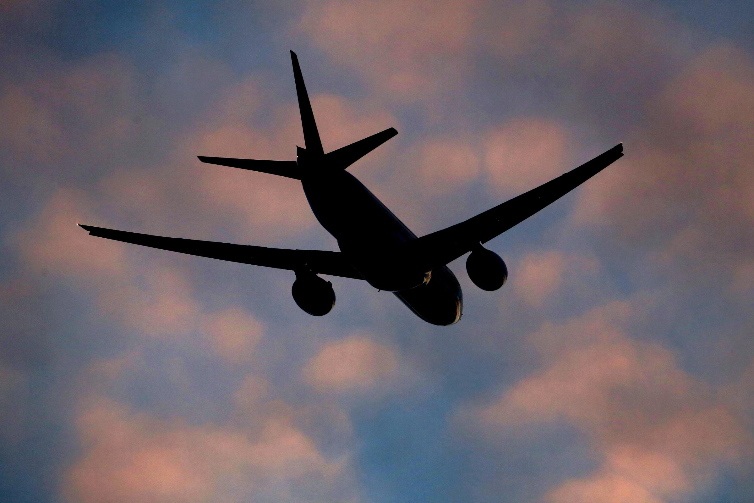 在Primera Air倒塌后被困的乘客