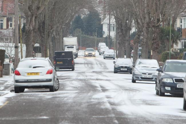 Ice warning issued for Dorset tonight with snow showers also expected
