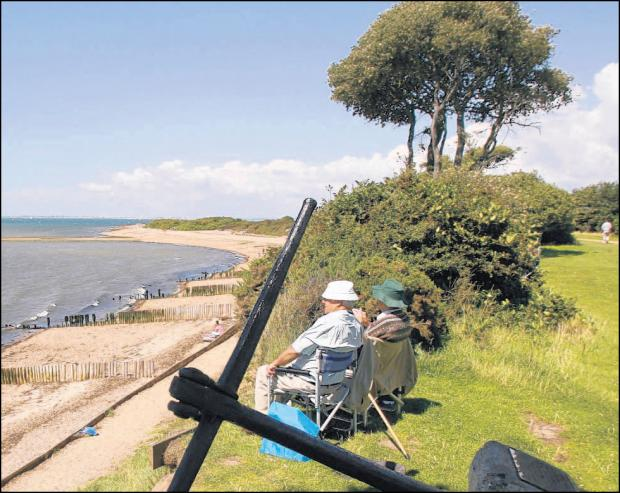 Bournemouth Echo: Deckchairs at Lepe