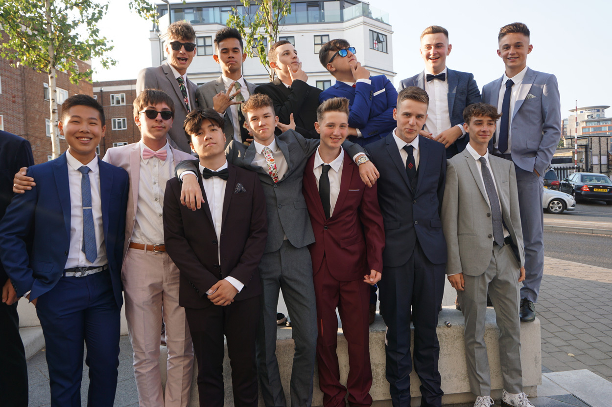 Bourne Academy year 11 students arrive at the Hilton Hotel for their prom.