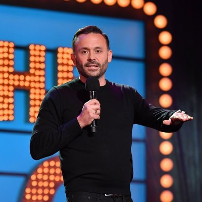 The Coastal Comedy Show with TV Headliner Geoff Norcott!