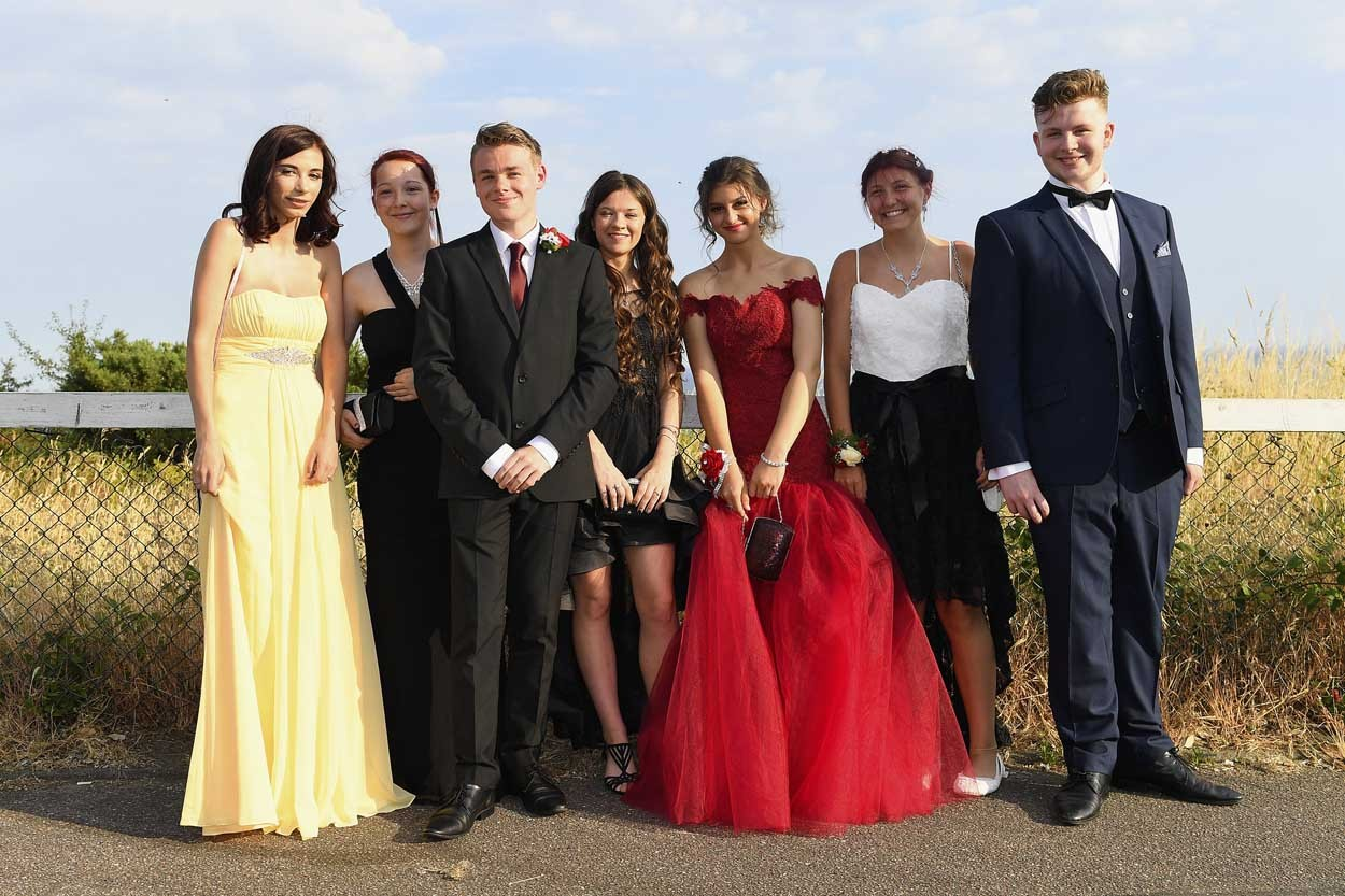 Poole High Year 11 Proms held at the Cumberland Hotel, Bournemouth on Thursday 28th June 2018