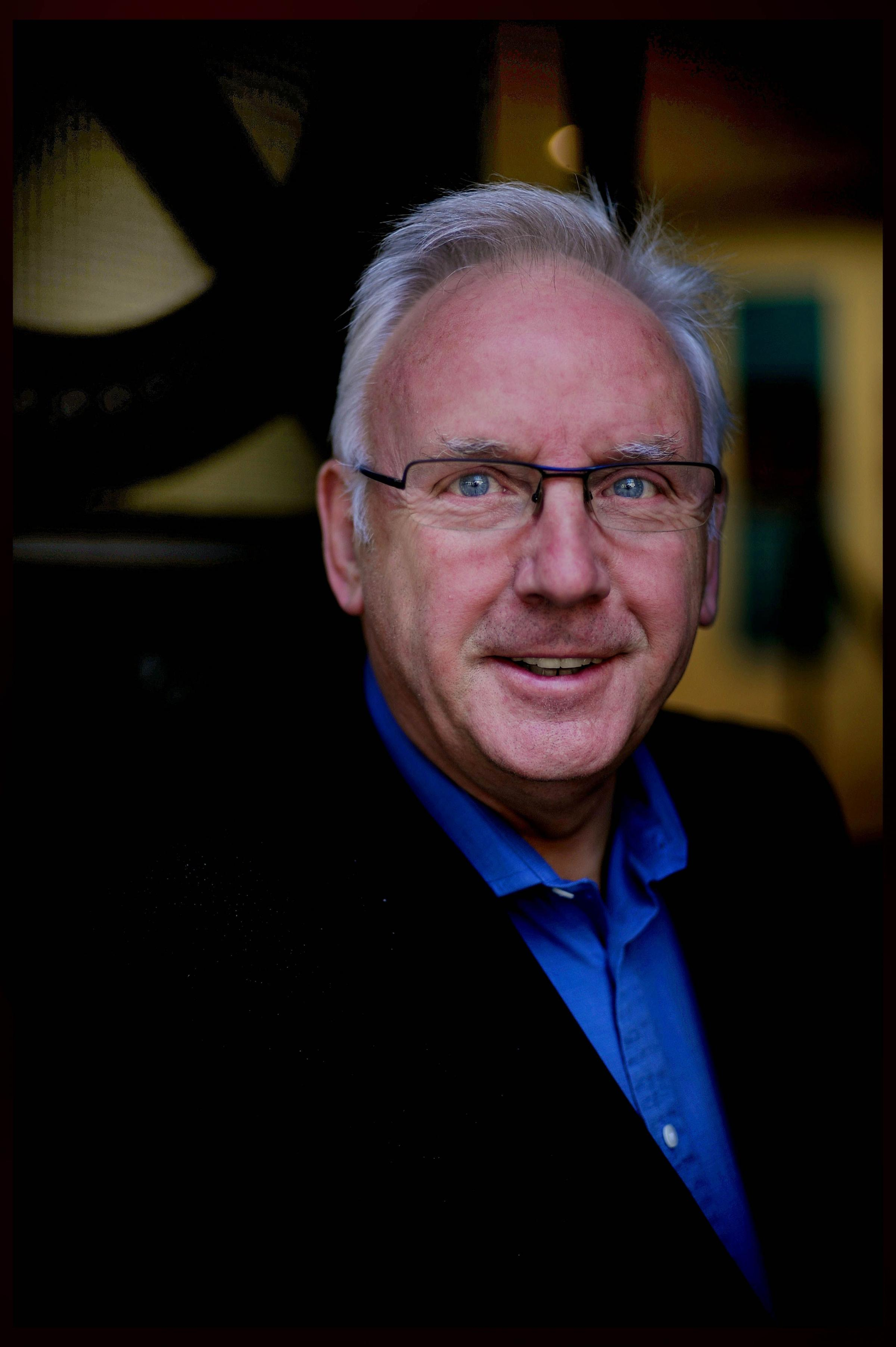 Sarah Lee - Pete Waterman.
