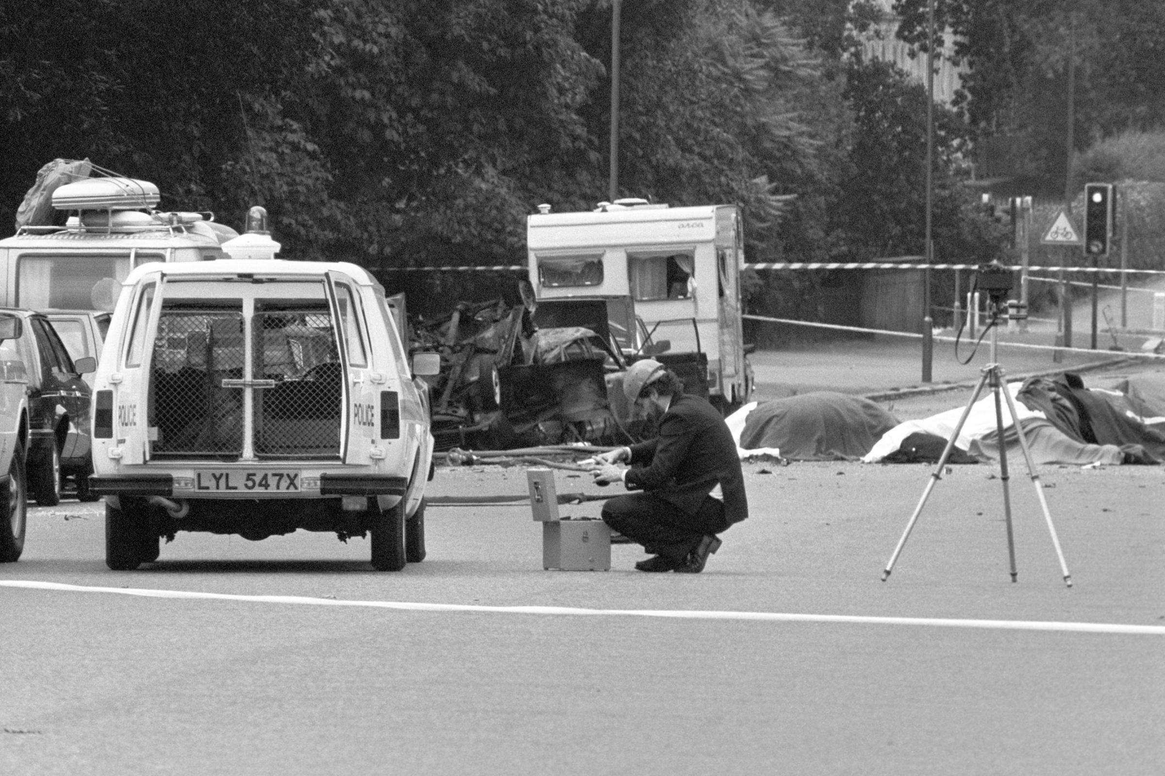 海德公园炸弹被指控于1972年因涉嫌谋杀两名士兵而被捕