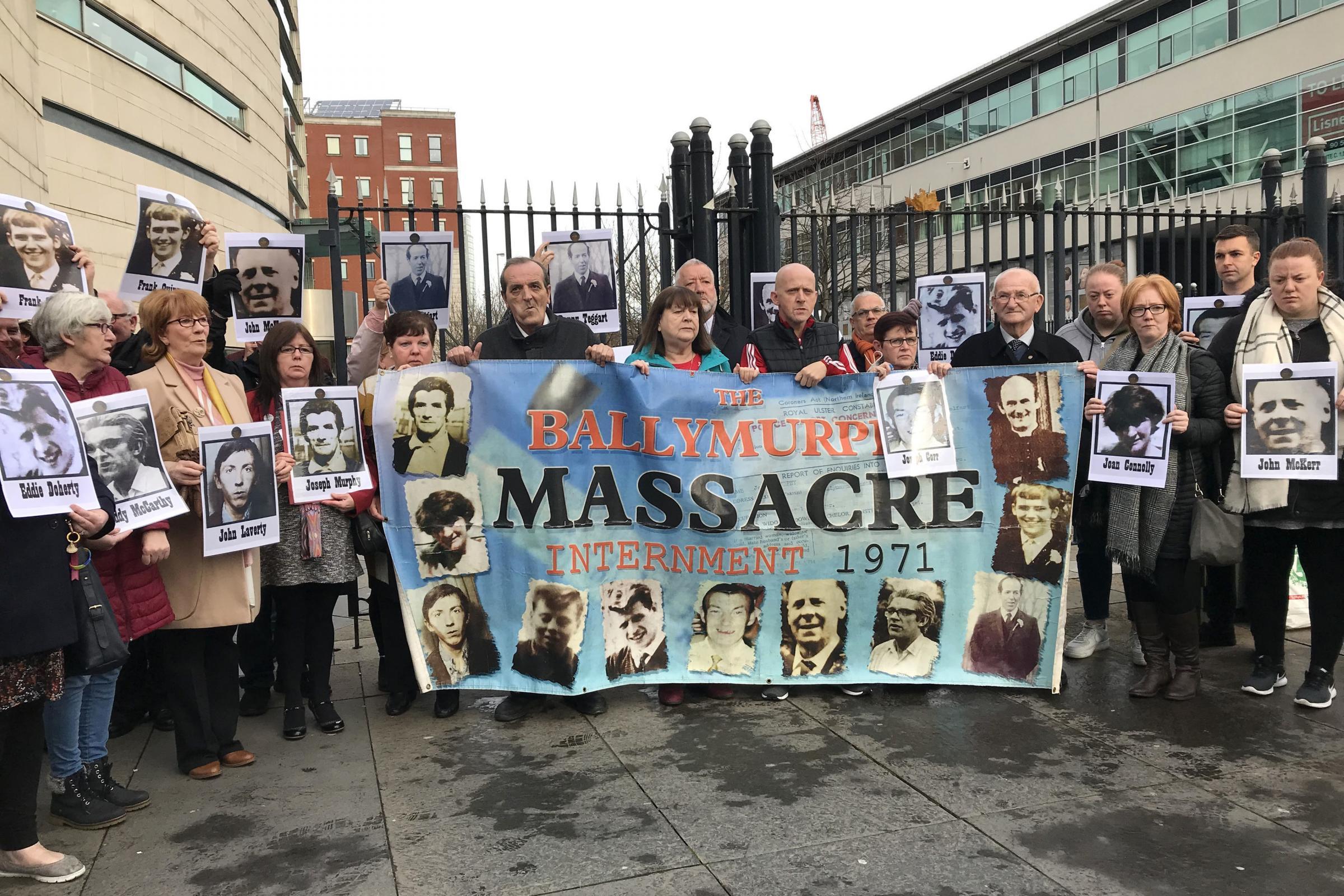 参议员的跨党派代表团为Ballymurphy家庭提供支持