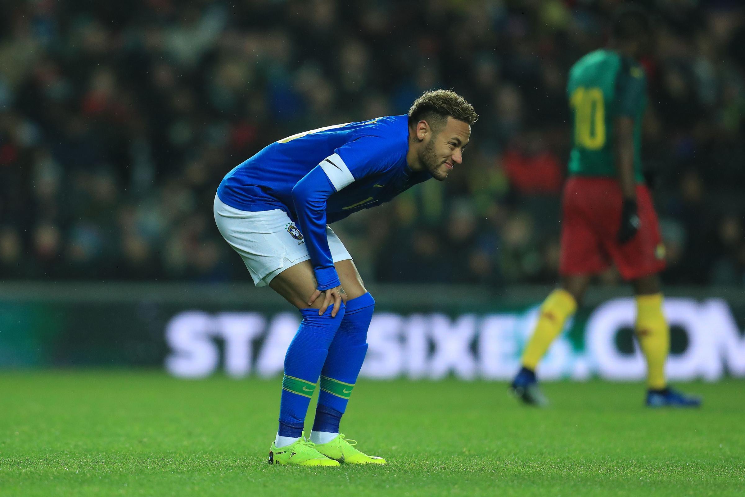 在巴西友谊赛受伤后,内马尔可能会对利物浦队造成伤病