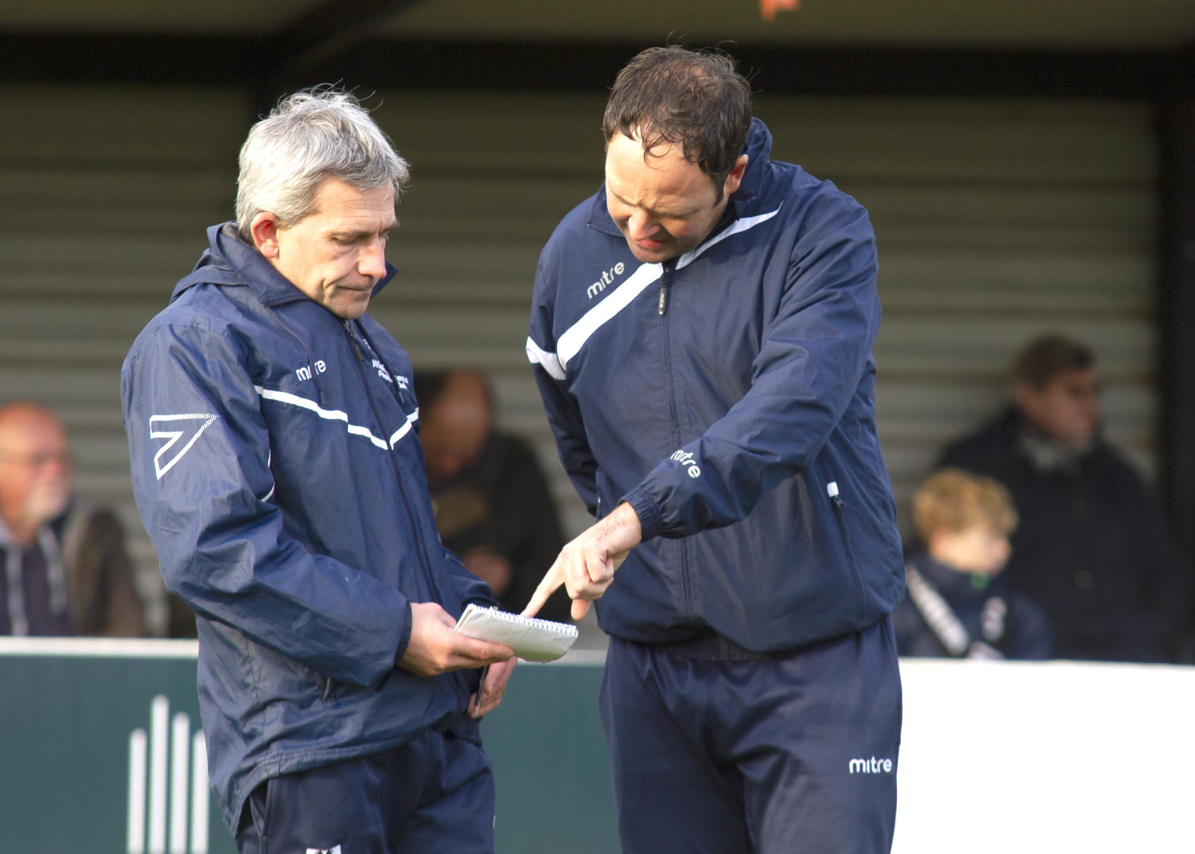 Wimborne Town的胜利对受伤的老板Matty来说是完美的补品