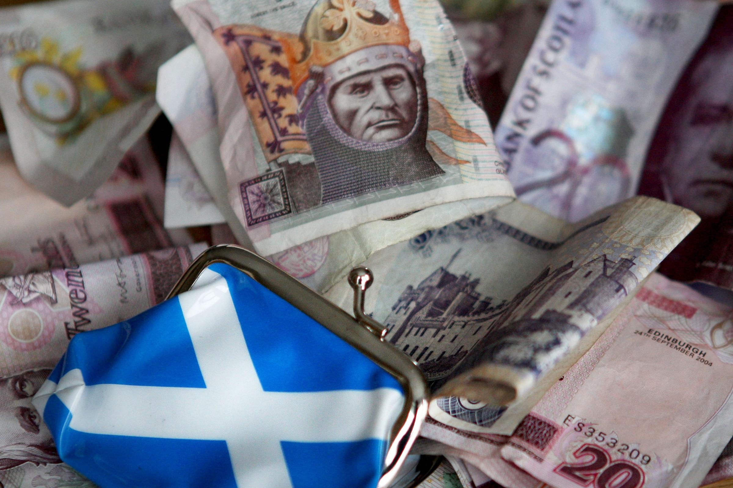 敦促低收入苏格兰人使用免费的金融健康服务