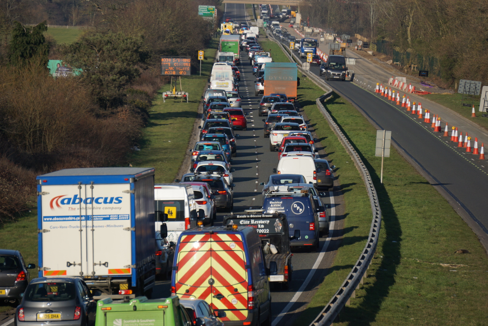 Traffic on the A338