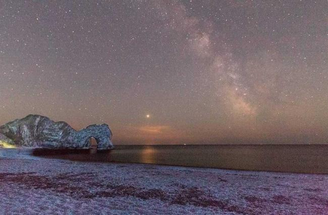 Echo Camera Club Dorset member Luke Oxford's photo of the Milky Way over Durdle Door