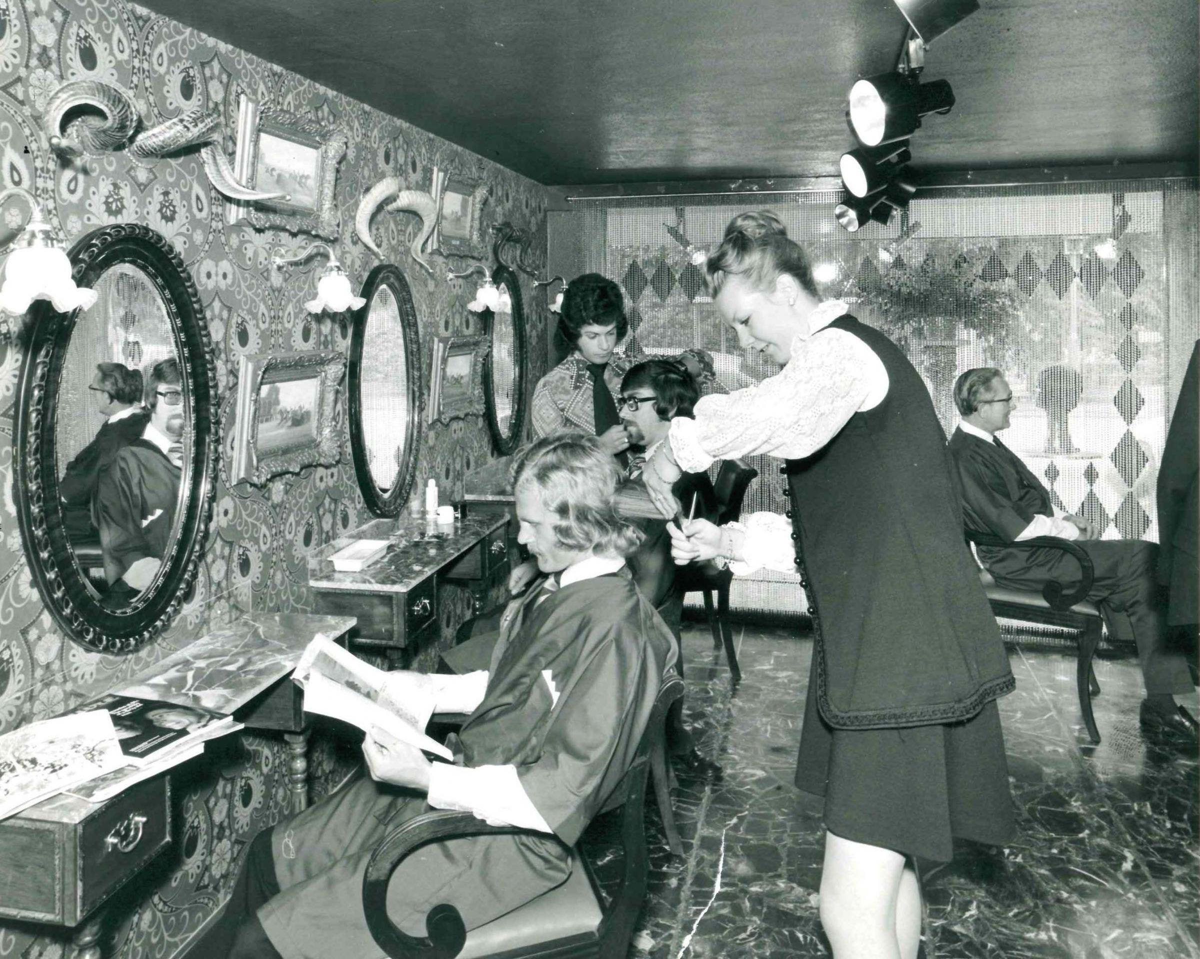 Picture of the Day: Raymond 'Manside' salon in 1972