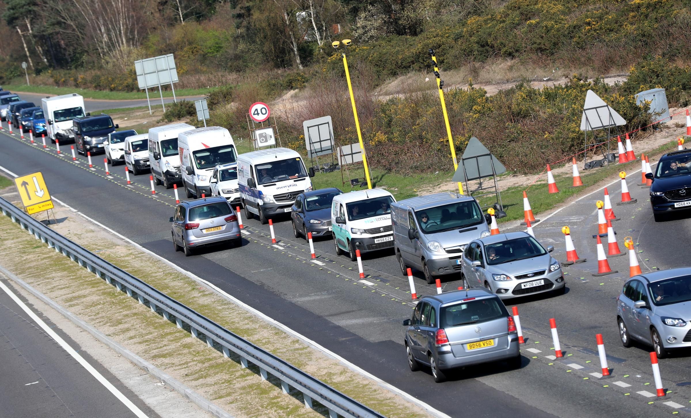 Average speed cameras on the A338 Spur Road not working