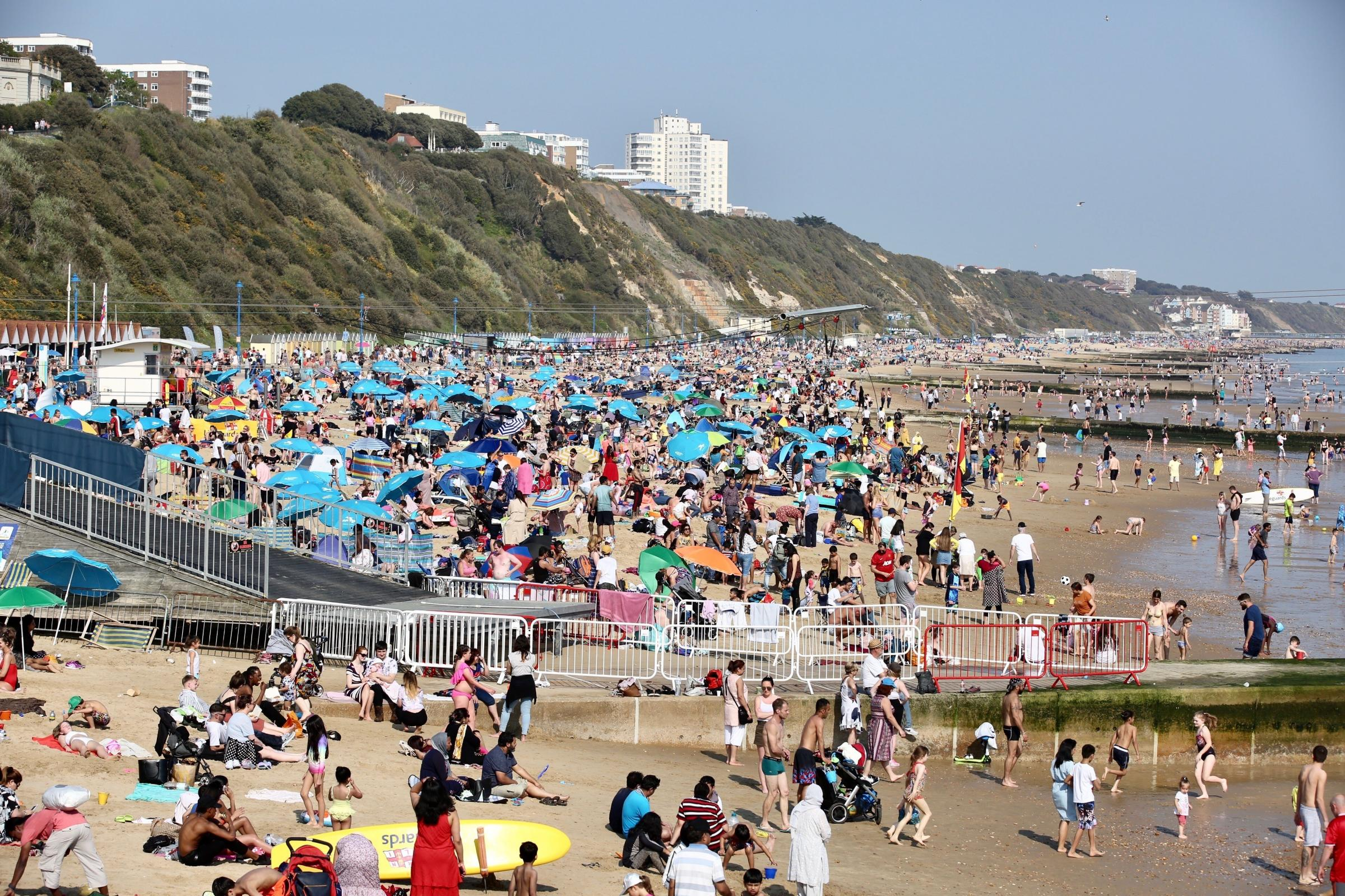 30,000 ice creams sold and 2,047 deckchairs hired: Bournemouth's bumper Easter weekend