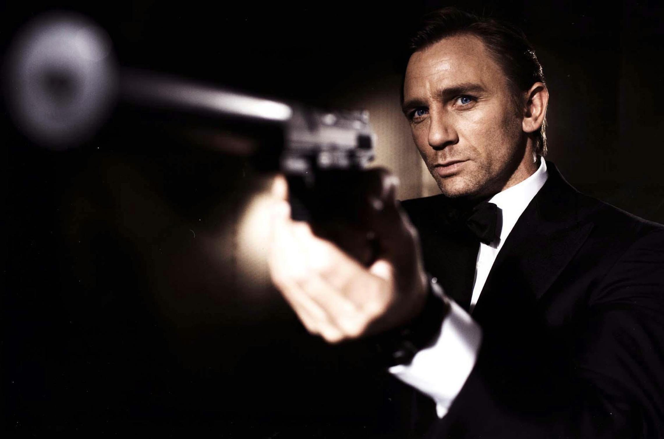 8264c11f2c George Lazenby on Flipboard   Synopsis, James Bond, Aston Martin