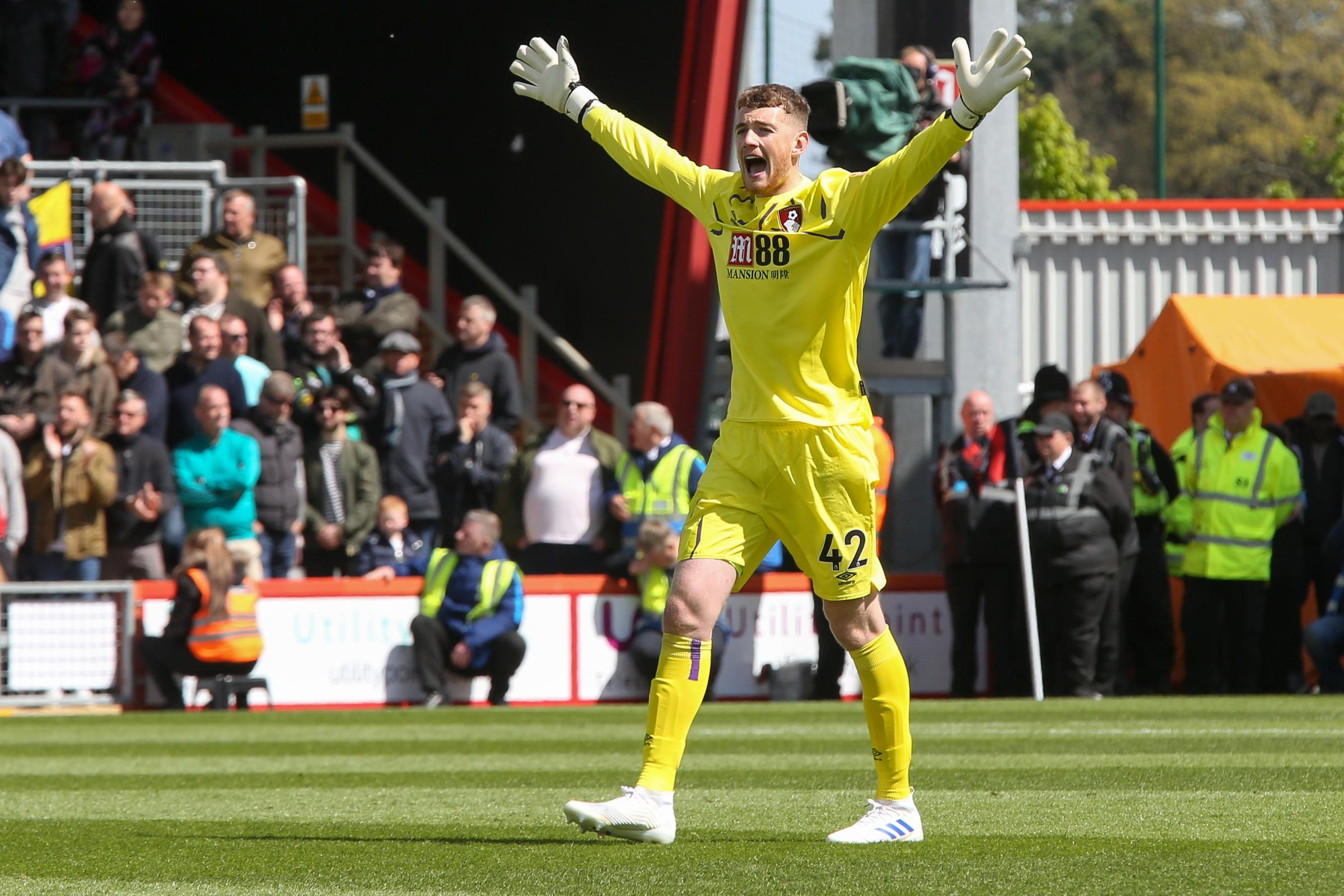 'Outstanding goalkeeper' Mark Travers signs new 'long-term' AFC Bournemouth contract