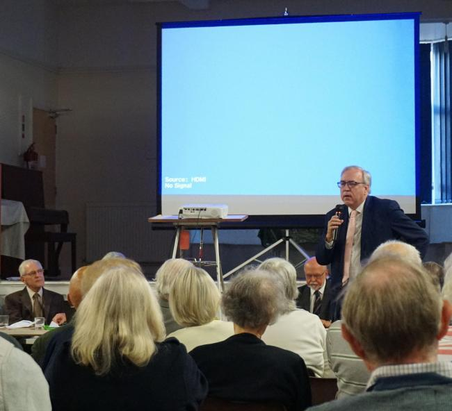 Sir Robert Syms addresses the Canford Cliffs meeting