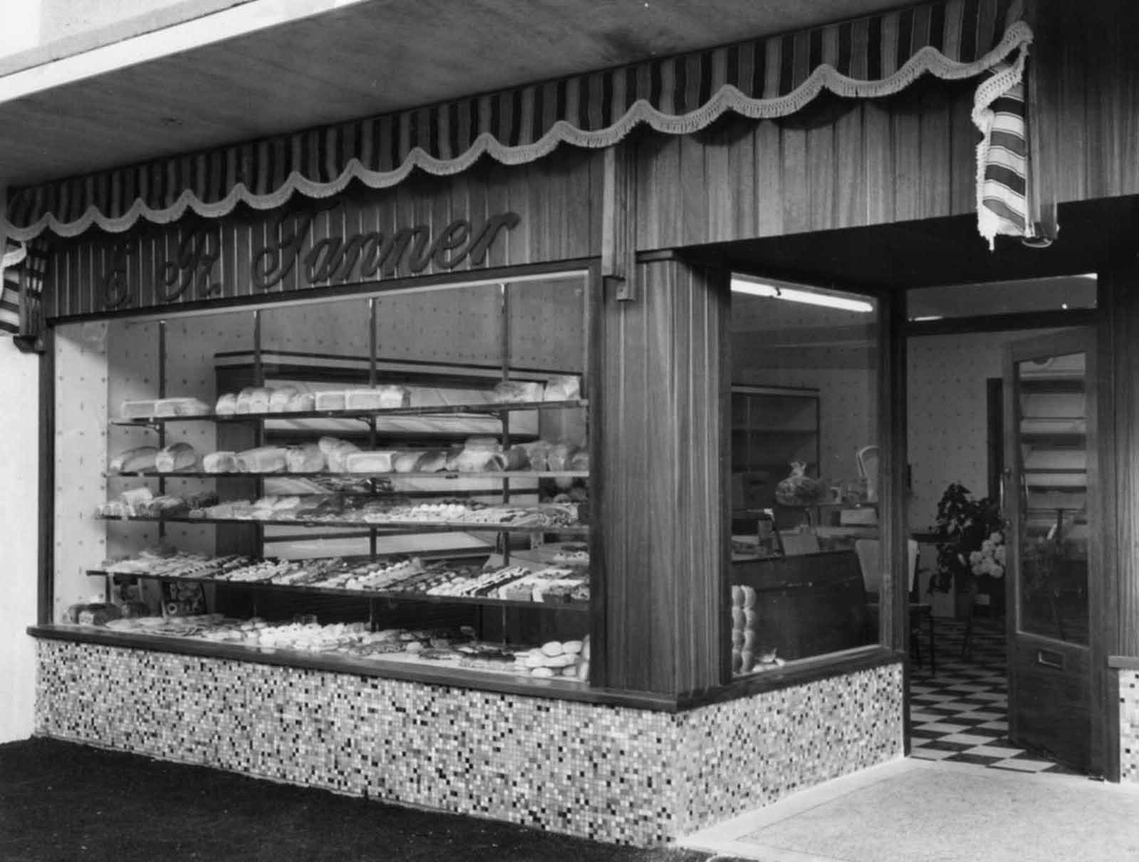 Picture of the Day: Do you remember Tanners the bakery?